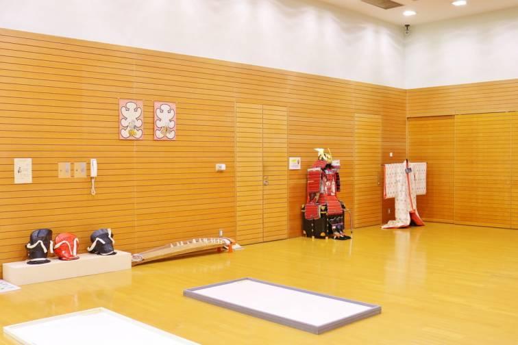 香川懸立美術館