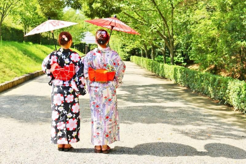Kimono_Ritsuringarden_1